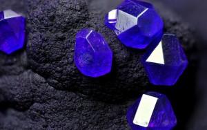 камень по знаку зодиака